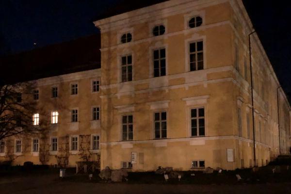 Das Gymnasium Tegernsee leuchtet...